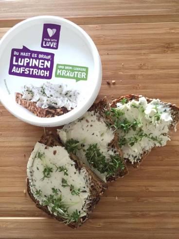 Lupinen Kräuter Aufstrich von Made with Luve